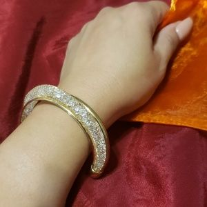 BEAUTIFUL Crystal Mesh Bracelet...❤❤